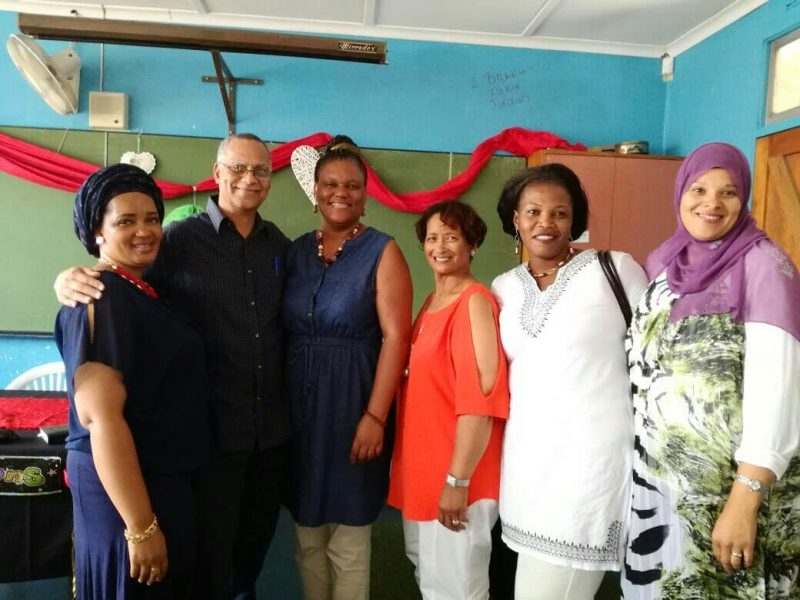 FTG Lifeskills facilitator Fred Fourie with a group of MathMoms